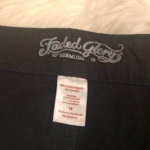 Faded Glory Shorts - ❤️Woman's Black Shorts